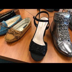 Ladies elegant dress shoes.